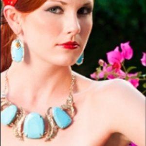 "Kendra Scott Jewelry - Kendra Scott ""Ignacia"" Necklace!"